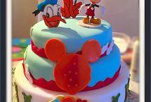 Basta un poco di zucchero... / Torte e decorazioni in pasta di zucchero...