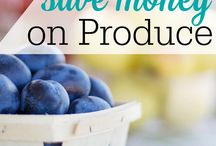 Grocery Saving Hacks / Save money on groceries | couponing tips | buying guides | frugal living tips