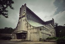 Gothic Concrete / Buildings from a grim and frostbitten kingdom