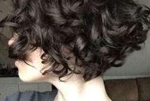 pelo corto rizado