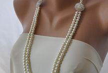 brincos,colares,anéis,pulseiras
