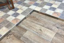 Floor / 床 / LIMIAに投稿された床のDIYアイディアなど Ideas for floor DIY posted on LIMIA.床 DIY フローリング リフォーム 張り替え トイレ 畳 床板 和室 フロア 無垢 DIY flooring hardwood floor plywood plank planks easy vinyl tile concrete cheap