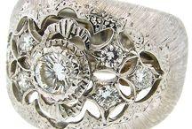 Jewellery / by Joanne Calver