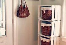 estante feita com caixote