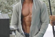 ZAC EFRON / HOW HOT HE IS