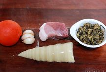 cooking / by Huilin Dai