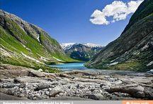 Beautiful earth / by Belinda Fischer Angell