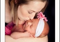 Professional Picture Ideas for Mothers and Daughters