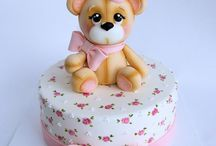 Cute cakes of teddy bears