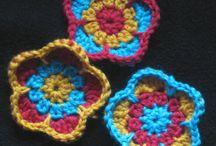 crochet + frivolite