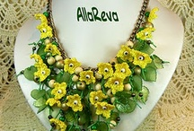 Szydełkowa biżuteria, kwiaty