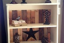Pallets! Crafts, furniture, tutorials galore! / by Rhianna Baggs