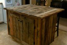 Uses for Pallet Wood / by Sarah Halasy