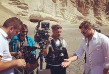 "Xristos Xolidis - S' Agapo | Girismata Video Clip sti Santorini / Στη Σαντορίνη βρέθηκε ο Χρήστος Χολίδης για να γυρίσει το Video Clip του νέου του τραγουδιού, ""Σ' Αγαπώ""."