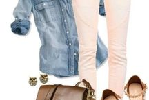Coloured Jeans / Inspiration for everyday coloured jeans.