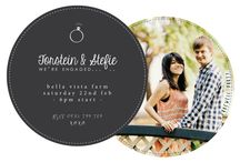 Photo Wedding Invitations / Wedding invitations that are a bit more personal. Something that gives a glimpse of what your guests can expect from your wedding!