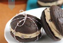 Cookie Dough / Recipes using cookie dough as the main ingredient! Calling all cookie dough lovers!