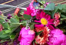 Bouquets / All shapes and sizes of our unique bouquets for the Telluride Farmers Market, our Flower CSA, and boutique flower shops and markets.