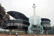 Orte❤️ / Wunderschönes Flügel-Violine Haus