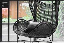 Zwarte stoel woonkamer