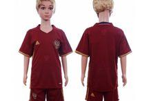Billige fodboldtrøjer Rusland til børn / Køb billige Rusland fodboldtrøjer til børn online med oplag. Vi leverer nye Rusland billige fodboldsæt børn med lav pris og hurtig levering. Køb nu!