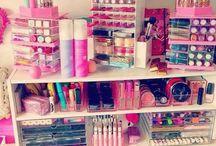 Makeup Vanity <3