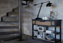 1904 / Combining solid oak, aged metal and cast aluminium, 1904 refers to the workshops of the early XXth century and to the dawn of the industrial era.