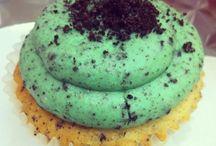 cupcakes:-) / by Victoria Gaston