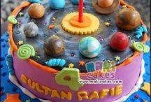 Planet cakes
