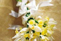 A Springtime Wedding in Flowers / wedding flowers