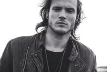 Dougie Poynter <3 / All about the sexiest member of MCFLY