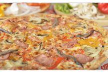 Nuestras Pizzas / Todas nuestras pizzas son  elaboradas con ingredientes 100% naturales. En La Vendetta buscamos la satisfacción del cliente a través de su paladar.