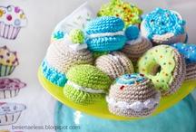 amigurumi cookies, biscuits & donuts