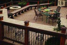 bar on deck railing
