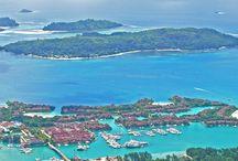 Seychelles Travel / Seychelles is Paradise on Earth, an exotic destination perfect for honeymooners. Situated in East Africa, this place will amaze you with beautiful beaches and landscapes! Seychelles este Paradisul pe Pământ, o destinație exotică perfectă pentru luna de miere. Situată în estul Africii, acest loc te va uimi cu frumoasele plaje și peisaje! https://www.haisitu.ro/seychelles-ta177