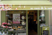 Les boutiques Au nom de la rose / Créée en 1991 à Paris, rue de Tournon, « au nom de la rose » est né de l'amour de quelques passionnés pour cette fleur unique.