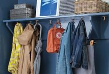Organizing That Drop Zone / Tips and tricks to help you get organized with your family command center and in your mudroom, which will help ease the stress.