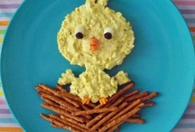 Playful Food / Healthy and/or delicious meals for your kids that are shaped like fun characters or objects! A good excuse to play with your food!