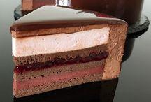 Муссовый торт двухъярусный
