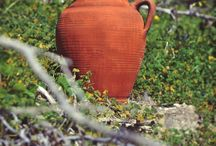Free Pottery Classes / Join Elakati Luxury Boutique Hotel Pottery Classes bring out the artist in you and create memories!