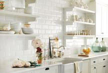 Cozy kitchens / Tips, ideas and cravings for sprucing up your kitchen.