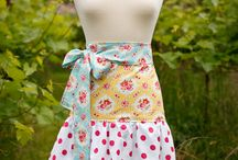 Aprons / by kim domingue