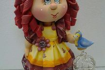 muñecas en foami