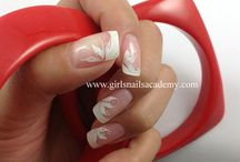 Pose au gel uv / Une pose de faux ongles assez naturel, vous donne l'envie.
