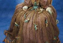 Amazing Dolls_Historical Costumes
