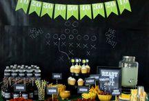 Super Bowl Fun / recipes, drinks, snacks, kid-friendly fun to celebrate the big game