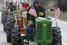 Tractor Parades / Antique Tractors in Parades around the USA