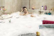 """Wanny- pół serio/ pół żartem! / Wanny i inne łazienkowe produkty w bardziej """"weekendowej"""" odsłonie :)"""