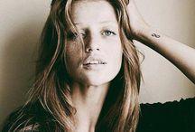 Cintia Dicker.