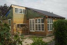 Huset i haven :) / Vores selvbygged kolonihavehus, fra starten